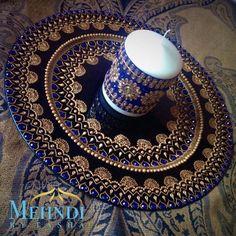Blue and gold indian mehndi thaal charger plate by Mehandibytasha Mehndi Decor, Henna Mehndi, Mehendi, Henna Candles, Mehndi Party, Mehndi Night, Wedding Plates, Wedding Decor, Wedding Ideas