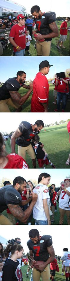 Colin Kaepernick 8/19/15 with camp Taylor at 49ers training camp