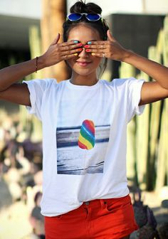 Multi nail polish, t-shirt, red shorts, summer, Sincerely Jules, Sincerely Jules shop, blogger, look, spring summer 2014