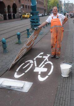 a proud street artist in Amsterdam....