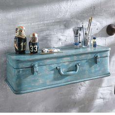 """Wandregal """"Koffer"""": Koffer eignen sich nicht nur zum Reisen, sondern auch als tolles Wandregal.  #gingar #decoration"""