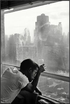 Sammy Davis Jr in New York City, 1959. Photo by Burt Glinn.