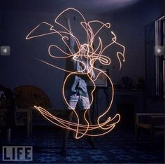 Light Painting - Pablo Picasso