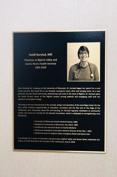 Highly detailed photos on a metal plaque are a simply and easy way to honor someone with an awesome metal plaque