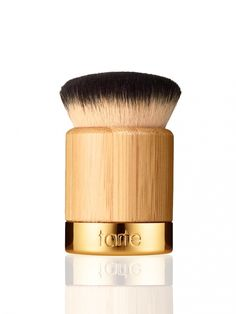 A soft, versatile brush to flawlessly apply your tarte Amazonian clay full coverage airbrush foundation.