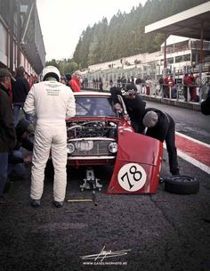 1969 .. Spa 24hr. , entered by BLMC , driven by John Handley / Roger Enever , DNF>conrod.