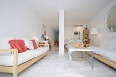 Salón Zahara de los Atunes Sofa, Couch, Furniture, Home Decor, Apartments, Yurts, Sevilla, Settee, Settee