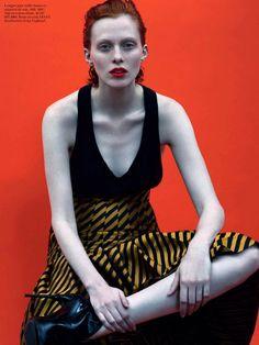 Стиль гранж в сентябре от Vogue France
