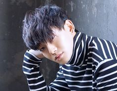 EXO's Chen To Attend Hanyang Cyber University For Graduate School via <--- Excuse me, I'll go cry somewhere. Exo Band, Exo Official, Exo Chen, Exo Memes, Korean Bands, Graduate School, So Much Love, Chanyeol, Getting Married