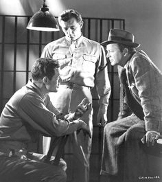 Crossfire 1947 | Robert Ryan as Montgomery, Robert Mitchum as Sgt. Peter Keeley and ...