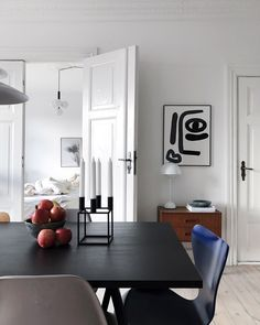 A Modern and Elegant Family Home in Copenhagen – Scandinavian Home Interiors, Scandi Home, Interior Design Tips, Interior Decorating, Living Room Redo, Bungalow 5, Minimalist Home, Home And Family, Room Decor