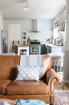 The Inspired Room // Decorating & Homemaking Books!