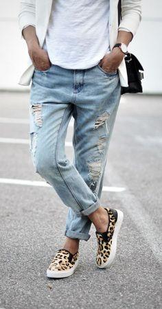 Weekend favorites: boyfriend jeans and leopard slip ons.