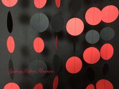 Paper Garland /Ladybird Ladybug / Event by SydneyPaperFlowers 4th Birthday Parties, 1st Birthdays, Birthday Party Decorations, Girl Birthday, Cake Birthday, Frozen Birthday, Miraculous Ladybug Party, Anna Und Elsa, Cheer Banquet