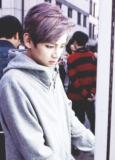 V with purple hair is just ❤️