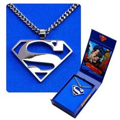 """Superman Logo Cutout """"S"""" Pendant and Chain Necklace - Top SuperHeroes Superman Logo, Batman, Superman Tattoos, Superman Symbol, Superman Stuff, Superman Gifts, Supergirl, Top Superheroes, Superman Man Of Steel"""