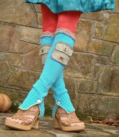 upcycled legwarmers.  with pockets. I'm in love, the color is interesting but these are cool!