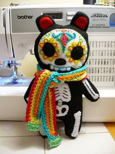 Sugar skull bear - my sister would love this... If I could sew!