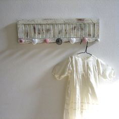 add mismatched knobs to a shutter... cute!