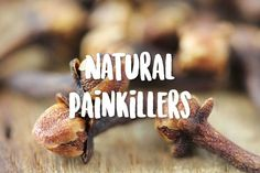 8 Painkillers from Your Kitchen - Danette May Fitness Nutrition, Health And Nutrition, Health And Wellness, Health Foods, Health Benefits, Reduce Stomach Bloat, Green Smoothie Girl, Danette May