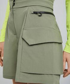 Fashion Line, Modern Fashion, Fashion Details, Look Fashion, Fashion Design, Fall Fashion Outfits, Fashion Pants, Autumn Fashion, Mode Vintage