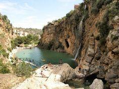 Piscina natural en Bolbaite, à 57 min de Valencia Valencia, Tourist Sites, Murcia, Travel With Kids, Day Trip, Where To Go, Trip Planning, Hiking, Explore