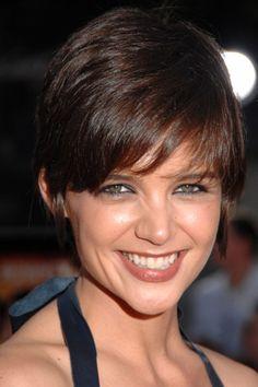 Katie Holmes Short Hair | KATIE HOLMES SHOWS OFF STYLISH PIXIE RIHANNA HAIR CUT TOMKAT AT TROPIC ...