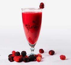 Vitamin A, Davos, Basel, Hurricane Glass, Alcoholic Drinks, Wine, Vegan, Tableware, Food