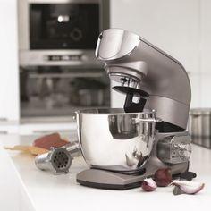 Vi har fuldt program fra OBH - Køb online i dag til BILLIG PRIS - F.eks. Tilbud på OBH Køkkenmaskine,1200w,5,5 l.skål - 6682