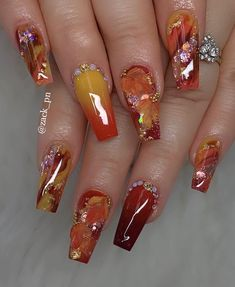unique and classy nail designs in autumn 12 ~ my.me - Nails - Cute Acrylic Nail Designs, Classy Nail Designs, Fall Nail Art Designs, Pretty Nail Designs, Ongles Bling Bling, Bling Nails, Swag Nails, Grunge Nails, Classy Nails