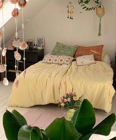 Room Ideas Bedroom, Bedroom Decor, Bedroom Inspo, My New Room, My Room, Indie Room, Ideas Hogar, Aesthetic Room Decor, Dream Rooms