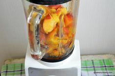 Nectar de piersici sau nectarine făcut în casă   Savori Urbane Kitchen Appliances, Urban, Desserts, Canning, Diy Kitchen Appliances, Tailgate Desserts, Home Appliances, Deserts, Postres