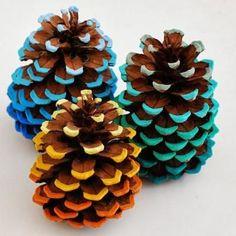 Gorgeous DIY Autumn Decorations with Pinecones!