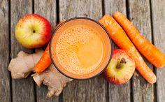 Voici une recette de jus de carotte-pomme gingembre rapide à préparer et excellente pour la santé.