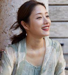 石原さとみ Singer Talent, Satomi Ishihara, Zen Style, Beautiful Women, Japanese, Actresses, Womens Fashion, Cute, Beauty