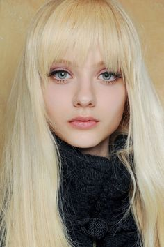 Nastya Kusakina - Added to Beauty Eternal - A collection of the most beautiful women on the inter Blondes Model, Platinum Blonde Hair Color, Pale Blonde, White Blonde, Nastya Kusakina, Blonde Hair Makeup, Blonde Bangs, Big Bangs, Full Bangs