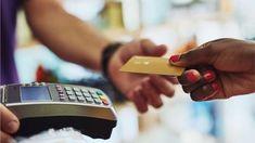'Deixava de comer para pagar dívidas' o vício em comprar que atinge ricos e pobres - Terra