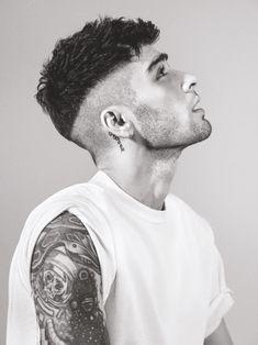 15 Ideas for haircut men undercut zayn malik Cabelo Zayn Malik, Zayn Malik Fotos, Zayn Malik Hairstyle, Zayn Malik Tattoos, Hairstyles Haircuts, Haircuts For Men, Barber Haircuts, Hair And Beard Styles, Curly Hair Styles