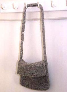 """Felted DROPS bag in """"Alaska"""" ~ DROPS Design"""