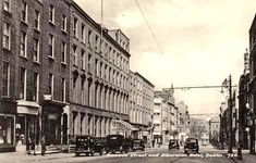 Old Images, Old Pictures, Old Photos, Dublin Street, Dublin City, Bar Shed, Photo Engraving, History Photos, Dublin Ireland