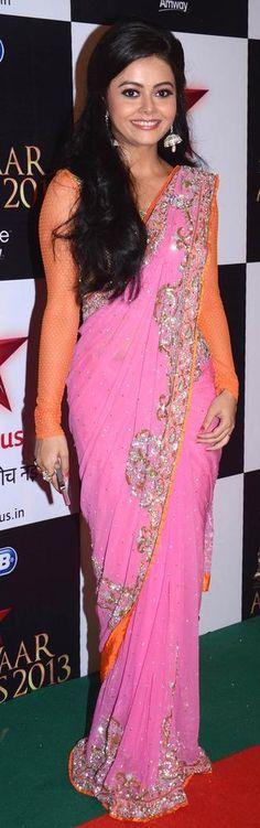 Gopi aka Devoleena Bhattacharjee from 'Saath Nibhaana Saathiya' at the Star Parivaar Awards 2013 #Bollywood #Fashion