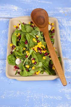 1 In a large bowl, combine the spinach, palm hearts, corn and pomegranate seeds. 2 No more than an hour before serving, in a medium bowl, whisk together the olive oil, vinegar or lemon, pomegranate juice, salt and pepper. 3 Cover, refrigerate, and toss with the salad right before serving.  Make Ahead: Assemble all of the ingredients (except for the dressing) up to 24 hours before your party. No more than a couple of hours before, whisk together the dressing. Right before serving, dress and toss the salad.    As seen in Joy of Kosher with Jamie Geller Fall 2012 - Subscribe Now.