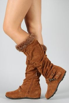 Laid-back boots with a little edge