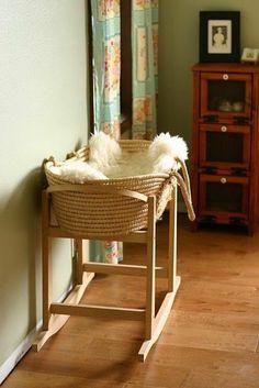 comment choisir le design de votre lit bebe en bois clair, berceau pas cher