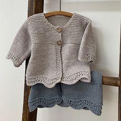 Baby Cardigan Knitting Pattern Free, Baby Boy Knitting Patterns, Baby Sweater Patterns, Knit Baby Sweaters, Knitted Baby Clothes, Cardigan Pattern, Knitting For Kids, Baby Boy Sweater, Knitted Baby Cardigan