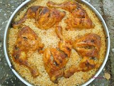 Meat Chickens, Empanadas, Paella, Smirnoff, Meat Recipes, Curry, Food And Drink, Treats, Dishes