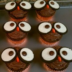 My owl cupcakes. The perfect Fall treat :)