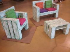 This is an awesome pallet chairs and table set for kids. Your kids will love this set a lot as they can play with it. Old and recycled pallets are used in the creation of this pallet chairs and table set.