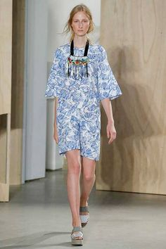 Fashion Freaks SS 15_ Creatures of the Wind