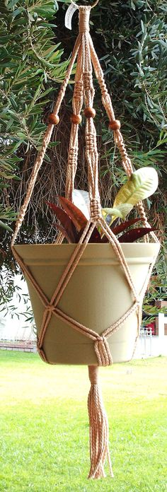 I just ordered two of her plant hangers and love them - vintage!